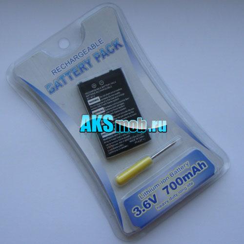 Аккумулятор 700mah и отвертка для Game Boy